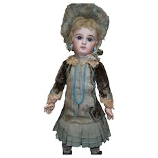 "20""(52cm)Greatest french bebe Jumeau size 9/blue-eyed/marked shoes/ coutured costumed."
