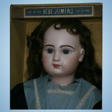 Exciting French bebe JUMEAU 12, in original marine suit, signed shoes, original Jumeau box 12/blue-eyed... the LOOK!!!