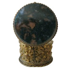 19th Century Victorian Pill Box With Chalcedony Top