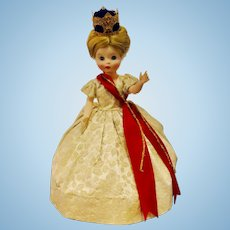Royal House Of Dolls By Miss Elsa w/hat