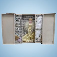 Madame Alexander Cissette Doll Limited Edition saved Souvenir Doll From The UFDC National Convention 2007,