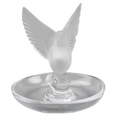 Lalique Crystal Thaile Dove Wings Spread Motif Trinket Ring Pin Nut Dish France