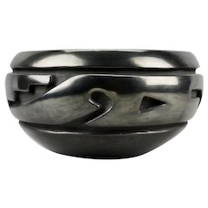 Native American Betty Tafoya Black Pottery Carved Incised Motif Bowl Santa Clara Pueblo