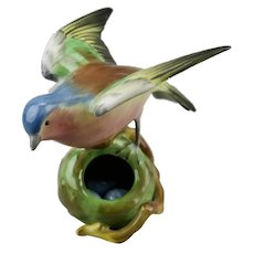 Robin Bird Figurine Golden Glass Eyes Perched On Nest With Blue Eggs Spode Copelands China England