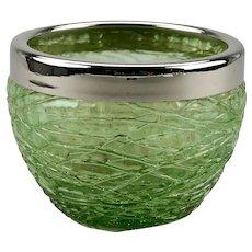 Bohemian Art Glass Green Chine Threaded Small Bowl Loetz Jugendstil Art Nouveau