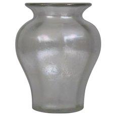 Steuben Verre de Soie Glass Vase Carder era