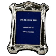 Picture Frame Ornate Victorian Style Silver Plated Wm. Rogers & Son