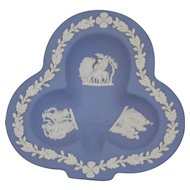 Wedgwood Jasper-ware Light Blue Club Clover Dish moulded applied white details