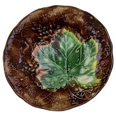 Majolica Colorful Strawberry Leaf And Berries Dish Plate
