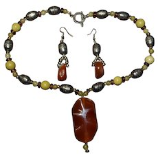 Santo Domingo Peublo Carnelian Agate, sterling silver necklace and matching earrings