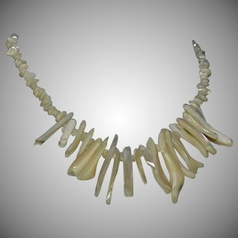 Native American MOP mother-of-pearl chunky coral shell bib statement necklace