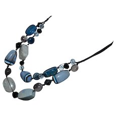 Vintage Southwestern resin swirl bakelite multi-strand necklace