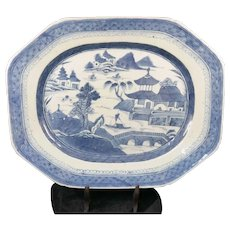 An octagonal dish chinese porcelain