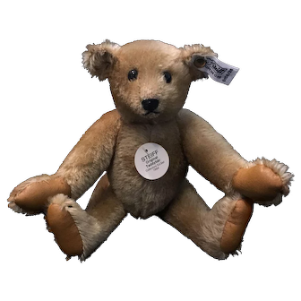 Original Teddybär by Steiff