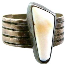 Vintage 1960s 70s T. Benally Navajo Handmade Sterling Silver & Shell RING Size 6