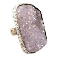 HUGE Vintage 1960s 70s Handmade Hand Hammered Sterling Silver & Druzy Amethyst Modernist Cocktail RING - Size 8