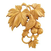 Exquisite Vintage 1930s Japanese Hand Carved Wood Design of a Bird with Berries and Leaves Brooch PIN
