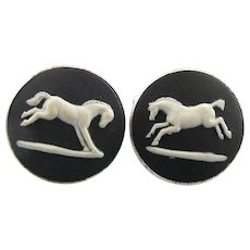 Vintage 1970s WEDGWOOD England Sterling Silver & Jasperware JUMPING HORSE Design CUFFLINKS