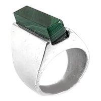 BIG 1970s Henning Ulrichsen Denmark Handmade Sterling Silver & Malachite Modernist RING - Size 6
