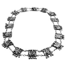 RARE Antique Chinese Qing Dynasty Handmade 900 Silver Repoussage Figural Design NECKLACE