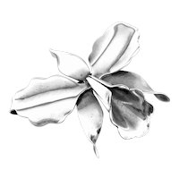 LOVELY 1940s Hector Aguilar Taxco Handmade 940 Silver Mexican ORCHID Design Brooch PIN