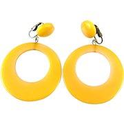 """BIG 1930s 40s Handmade Yellow Bakelite Dangling Hoop EARRINGS - 2-3/4"""" long!"""