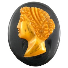 BIG Vintage 1930s Hand Carved Butterscotch and Black Bakelite CAMEO Brooch PIN