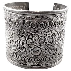 HUGE Vintage 1940s 50s Handmade Chinese Export Silver Engraved Fish & Flowers Ornate Design Cuff BRACELET