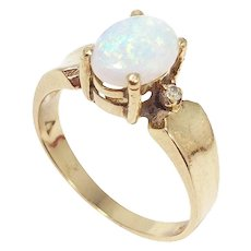 Opal and Diamond 14 Karat Gold Cocktail Statement Fashion Ring, Size US 6