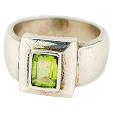 Vintage Peridot Ring | Vintage sterling silver peridot ring
