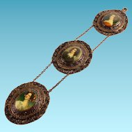 24K Gold Plated Three Portrait Decorative Wall Hanging in Cameo Modus operandi