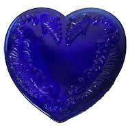 Vintage Degenhart Glass Heart Trinket Box w Lid - Cobalt Blue
