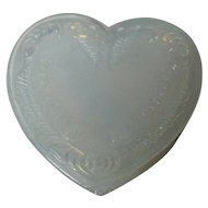 Vintage Degenhart Glass Heart Trinket Box w Lid - White Opalescent