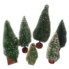 25 Vintage Wood Base Christmas Brush Trees