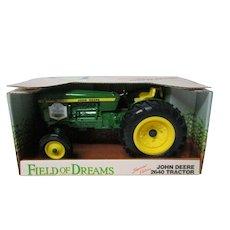 "1990 Ertl JOHN DEERE ""Field of Dreams"" 2640 Tractor in Original Box"