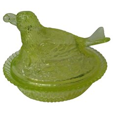 Vintage Degenhart Glass Bird on Nest - Vaseline Green