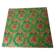 Vintage Christmas Wrapping Paper - Wreaths of Green on Gold - Unused
