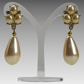 Richelieu Artificial Pearl and Rhinestone Dangle Tear Drop Clip Earrings