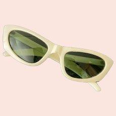 Vintage 60s Polaroid Cool-Ray Sunglasses