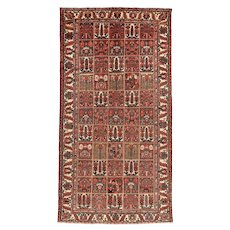 Vintage Persian Bakhtiari Rug, 5'x10', Hand-Knotted
