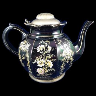 Tea Pot marked Alexandra Pottery, Manning Bowman, Burslem England