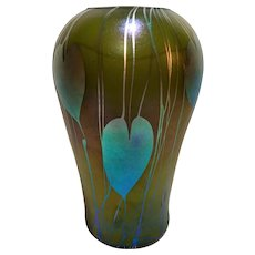 Outstanding High-Quality Heart and Vine Vase