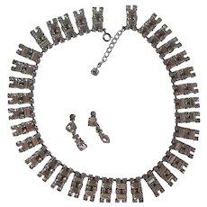 Vintage Great Gatsby Rhinestone Collar/Bib Necklace With Rhinestone Screwback Earrings