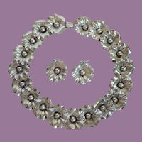 Vintage Danecraft Sterling Silver Overlaping Flower Necklace With Earrings Pierced