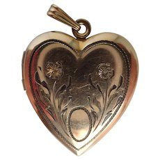 Vintage 1940's 12K G.F. Sweetheart Locket Pendant or Charm with Original Pictures!
