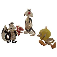 Signed Looney Tunes Sylvester, Tweety Bird & Pepé Le Pew Warner Bros. Pins/Brooches
