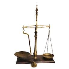 19TH Brass Balance Scale