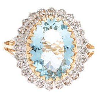 Estate 14 karat Gold Aquamarine and Diamond Ring