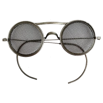 Rare Wellsworth Wire Mesh Safety Glasses - Steampunk Welding Goggles