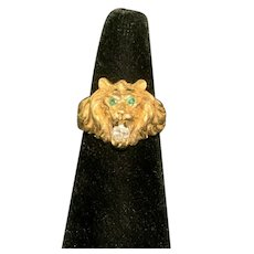 14k Yellow Gold Ring of a Lions Face with Emerald Eyes and Diamond Mouth